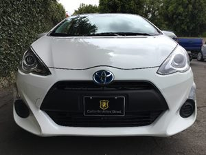 2015 Toyota Prius c One  Super White All advertised prices exclude government fees and taxes a