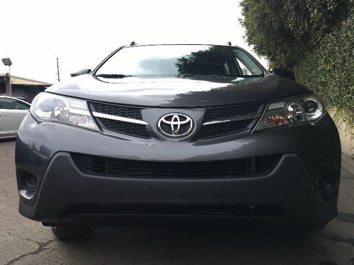 2015 Toyota RAV4 LE  Magnetic Gray Metallic All advertised prices exclude government fees and t