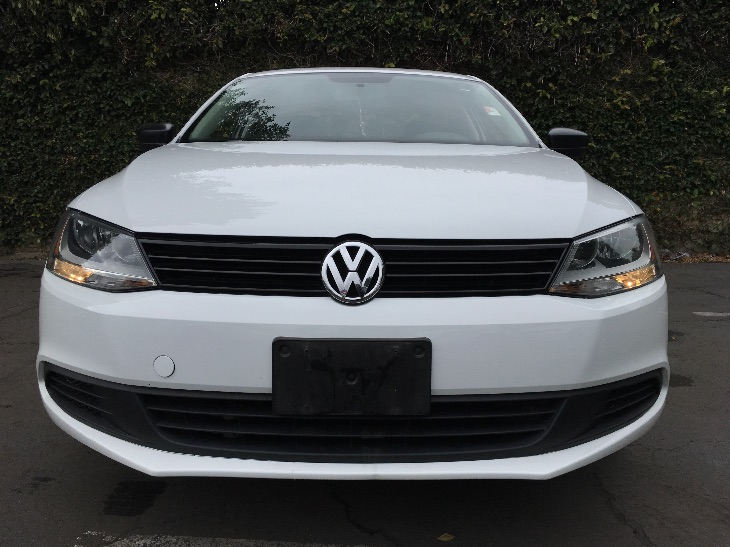 2014 Volkswagen Jetta Sedan S  White All advertised prices exclude government fees and taxes a
