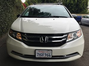2015 Honda Odyssey LX  White Diamond Pearl All advertised prices exclude government fees and ta