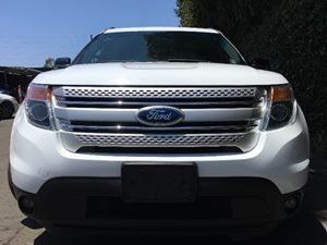 2015 Ford Explorer XLT  White All advertised prices exclude government fees and taxes any fina