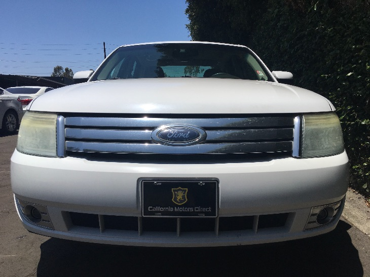 2008 Ford Taurus SEL  Oxford White All advertised prices exclude government fees and taxes any