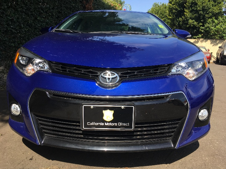 2016 Toyota Corolla S  Blue Crush Metallic All advertised prices exclude government fees and ta