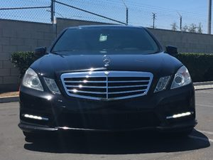 2013 MERCEDES E350 Luxury Sedan Carfax 1-Owner Air Conditioning  AC Audio  Auxiliary Audio In