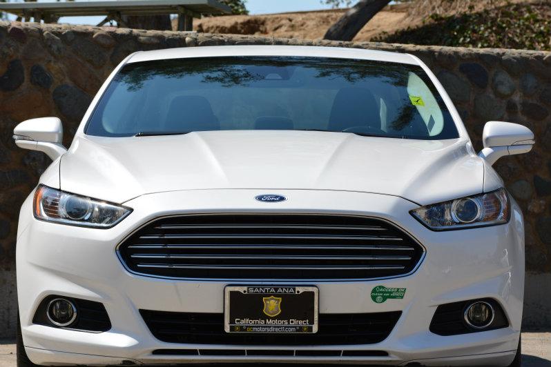 2013 Ford Fusion Energi SE Luxury Audio  Auxiliary Audio Input Convenience  Cruise Control Con