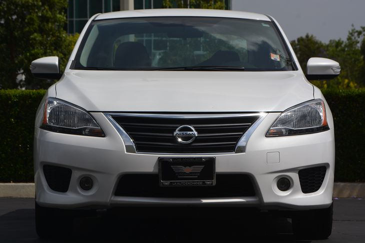 2015 Nissan Sentra SR  Aspen White TAKE ADVANTAGE OF OUR PUBLIC WHOLESALE PRICING GOING ON RI