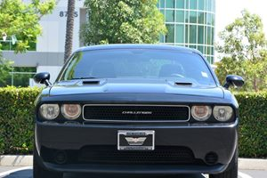 2014 Dodge Challenger SXT Carfax 1-Owner - No AccidentsDamage Reported  Black Clearcoat 228
