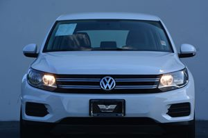 2014 Volkswagen Tiguan S Carfax 1-Owner - No AccidentsDamage Reported  White 17697 Per Mont