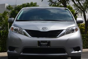 2014 Toyota Sienna LE 7-Passenger Auto  Silver Sky Metallic ---  2809 Per Month -ON APPROV