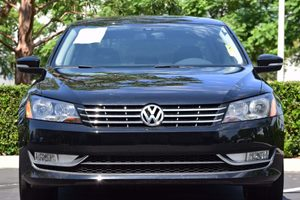 2015 Volkswagen Passat TDI SEL Premium Carfax 1-Owner - No AccidentsDamage Reported 140 Amp Alte