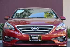 2015 Hyundai Sonata SE  Venetian Red 15748 Per Month -ON APPROVED CREDIT---  ---  See