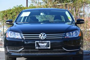 2014 Volkswagen Passat S PZEV Carfax 1-Owner - No AccidentsDamage Reported  Black ---  15