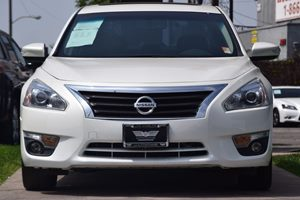 2015 Nissan Altima 25 SL  Pearl White 20295 Per Month -ON APPROVED CREDIT---  ---  Se