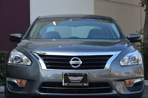 2015 Nissan Altima 25 S  Gray  We are not responsible for typographical errors All prices lis