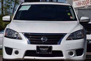 2014 Nissan Sentra SR Carfax 1-Owner - No AccidentsDamage Reported  Aspen White 15612 Per M