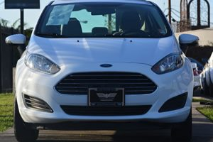 2015 Ford Fiesta SE Carfax 1-Owner - No AccidentsDamage Reported  Oxford White 14911 Per Mo