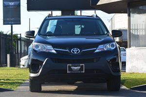 2015 Toyota RAV4 LE Carfax Report - No AccidentsDamage Reported  Black 22894 Per Month -ON