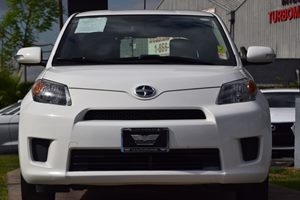 2014 Scion xD Base Carfax 1-Owner - No AccidentsDamage Reported  Super White 14911 Per Mont