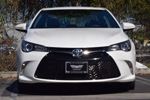 2016 Toyota Camry Special Edition Carfax 1-Owner - No AccidentsDamage Reported  White 23543