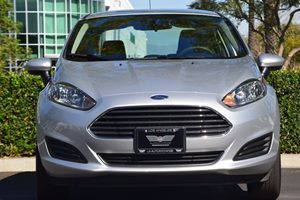 2015 Ford Fiesta S Carfax 1-Owner - No AccidentsDamage Reported  Ingot Silver 14911 Per Mon