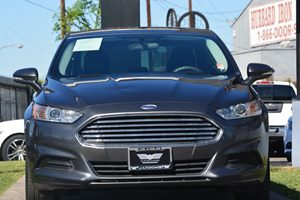 2015 Ford Fusion SE Carfax 1-Owner - No AccidentsDamage Reported  Gray 16398 Per Month -ON