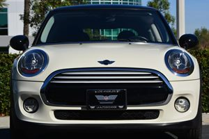 2015 MINI Cooper Hardtop Cooper Carfax 1-Owner - No AccidentsDamage Reported  White 18996 P