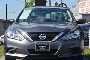 2016 Nissan Altima 25 S Carfax 1-Owner - No AccidentsDamage Reported  Gray 17047 Per Month