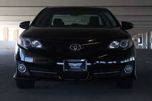 2014 Toyota Camry SE  Attitude Black Metallic  We are not responsible for typographical errors