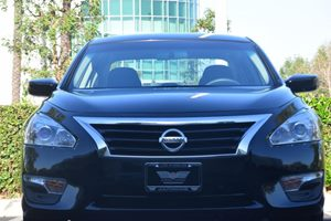 2015 Nissan Altima 25 S  Super Black  All advertised prices exclude government fees and taxes