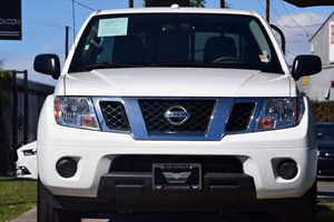 2017 Nissan Frontier SV Carfax 1-Owner  Glacier White 2809 Per Month -ON APPROVED CREDIT--