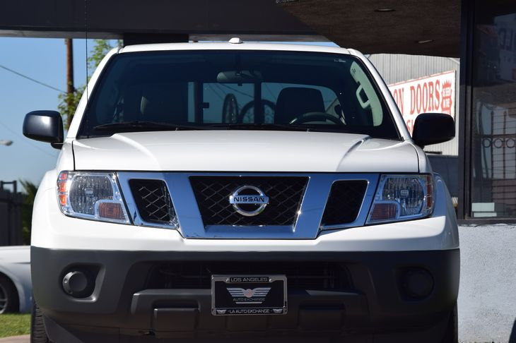 2016 Nissan Frontier SV Passenger Capacity 5 Single Stainless Steel Exhaust Tailgate Rear Cargo