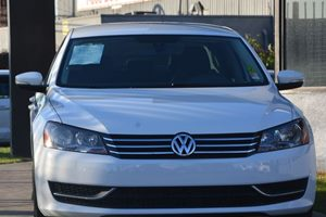 2014 Volkswagen Passat S PZEV Carfax 1-Owner  Candy White 14209 Per Month -ON APPROVED CREDI