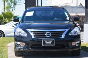 2015 Nissan Altima 25 SV  Super Black 17697 Per Month -ON APPROVED CREDIT---  ---  Se