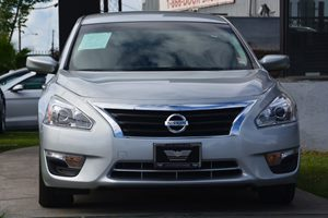 2015 Nissan Altima 25 S Carfax 1-Owner - No AccidentsDamage Reported  Brilliant Silver 176