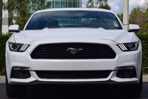 2015 Ford Mustang EcoBoost Carfax 1-Owner - No AccidentsDamage Reported  Oxford White 25492