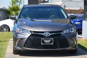 2015 Toyota Camry SE Carfax 1-Owner - No AccidentsDamage Reported  Gray 20295 Per Month -ON
