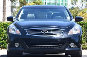 2015 INFINITI Q40  Carfax 1-Owner  Black Obsidian  We are not responsible for typographical er