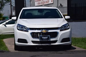 2016 Chevrolet Malibu Limited LT  Summit White  We are not responsible for typographical errors