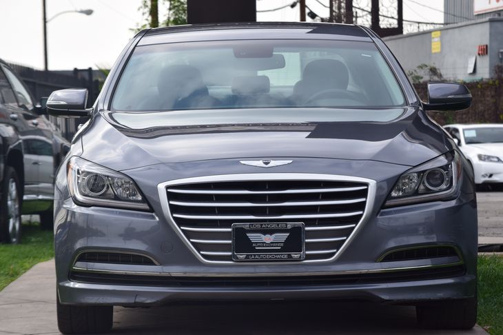 2015 Hyundai Genesis 38L  Gray TAKE ADVANTAGE OF OUR PUBLIC WHOLESALE PRICING GOING ON RIGHT