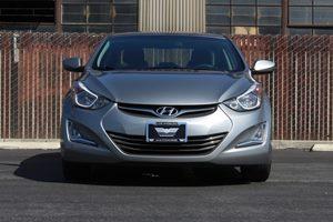 2016 Hyundai Elantra SE  Shale Gray Metallic 16314 Per Month -ON APPROVED CREDIT--- ---
