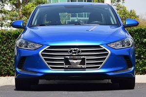2017 Hyundai Elantra SE  Blue 15748 Per Month -ON APPROVED CREDIT---  ---  See our ent