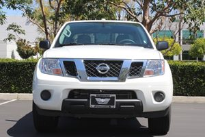 2017 Nissan Frontier SV Analog Display Passenger Capacity 5 Glacier White  TAKE ADVANTAGE O