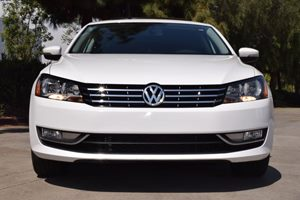 2015 Volkswagen Passat SE PZEV  Candy White  TAKE ADVANTAGE OF OURPUBLIC WHOLESALE PRICING GO