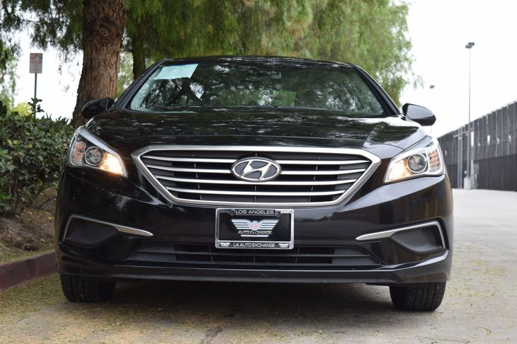 2016 Hyundai Sonata SE 4-Wheel Disc Brakes W4-Wheel Abs Front Vented Discs Brake Assist And Hil