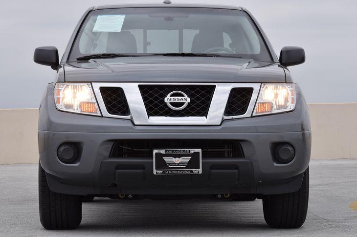 2017 Nissan Frontier SV 130 Amp Alternator 3 12V Dc Power Outlets 4-Wheel Disc Brakes W4-Wheel