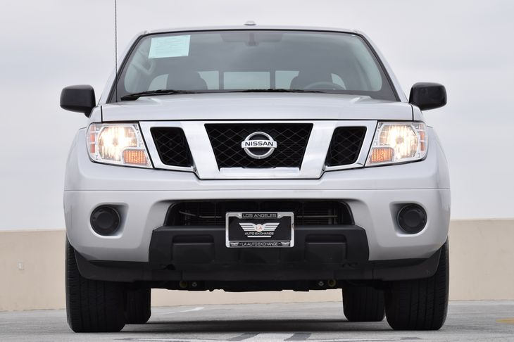 2017 Nissan Frontier SV  Brilliant Silver TAKE ADVANTAGE OF OUR PUBLIC WHOLESALE PRICING GOIN