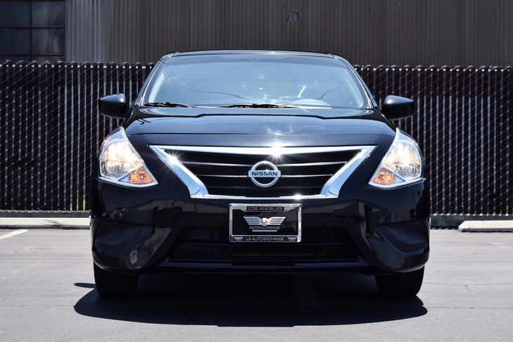2015 Nissan Versa 16 SV 1 12V Dc Power Outlet Convenience Steering Wheel Audio Controls Engine