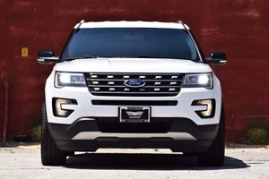 2016 Ford Explorer XLT  White TAKE ADVANTAGE OF OUR PUBLIC WHOLESALE PRICING GOING ON RIGHT N