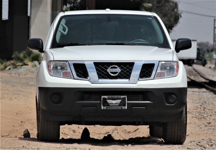 2017 Nissan Frontier SV Passenger Capacity 5 Glacier White TAKE ADVANTAGE OF OUR PUBLIC WHOL