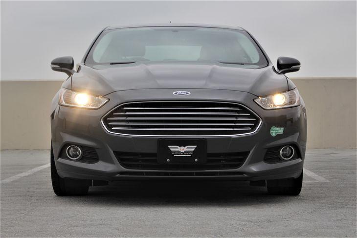 2015 Ford Fusion Energi SE Luxury Passenger Capacity 5 Gray TAKE ADVANTAGE OF OUR PUBLIC WHO